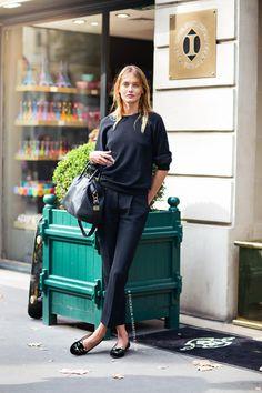 Keep It Chic - Runaround Chic Style & Fashion Blog - Preston Davis - Tailored Pants, Black Sweater, Girly Loafers.