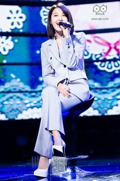 Eunji Apink, Eun Ji, Just The Way, Kpop, Coat, Pretty, Jackets, Dresses, Artists