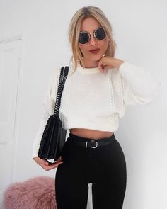 """252 mentions J'aime, 3 commentaires - Lydia Rose (@fashioninflux) sur Instagram : """"Leggings and jumpers when I'm being the laziest girl ever http://liketk.it/2rifj #liketkit…"""""""
