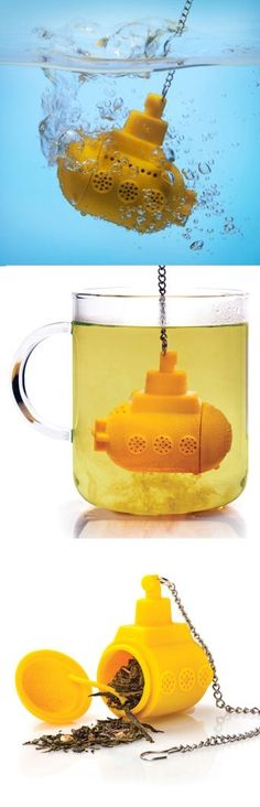 Yellow Submarine Tea Infuser - Oh mah gee . I think I need this. Sky of blue, TEA of green, anybody? Coffee Cups, Tea Cups, Tea Packaging, Yellow Submarine, Tea Infuser, Tea Accessories, My Tea, Detox Tea, Cool Stuff