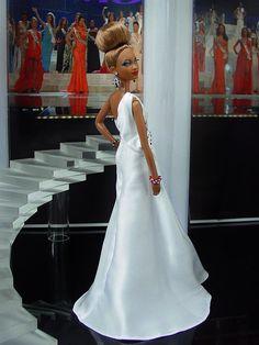 doll evening gowns 2012 Versace ninimomo.com 12.33.4