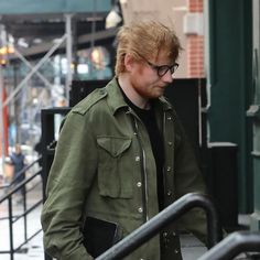 Ed Sheeran Visits Taylor Swift After Bragging About Hooking Up With Her Friends - http://oceanup.com/2017/03/08/ed-sheeran-visits-taylor-swift-after-bragging-about-hooking-up-with-her-friends/