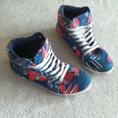 Forever 21 - Graphic Design Shoes. Good condition. The size is between 7 1/2 or 8  size. Forever 21 Shoes