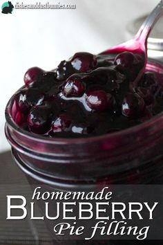This is a super EASY recipe for making your own blueberry pie filling! You can use this delicious blueberry pie filling for homemade strudel's, as a topping for cheesecake, as a filling for your tradi (Icecream Recipes Cheesecake) Fruit Recipes, Dessert Recipes, Cake Recipes, Recipies, Jelly Recipes, Homemade Blueberry Pie, Blueberry Recipes For Canning, Frozen Blueberry Recipes, Homemade Pies