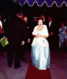 Princess Margaret wearing the turquoise necklace