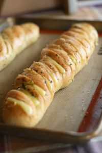 Hasselback Garlic Cheesy Bread Recipe