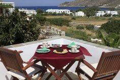SIFNAIKA KONAKIA Traditional studios & apartments | #Sifnos #Cyclades #Greece #Guestinn