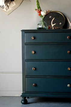 Abusson blue - great color.might do a side table in my living room.