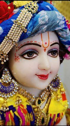 Radha Krishna Wallpaper, Radha Krishna Love, Lord Krishna Images, Laddu Gopal, Goddess Lakshmi, Cute Photography, Captain Hat, Princess Zelda, Hats