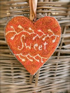 Tokens of Love paper punch needle pattern 3 by notforgottenfarm PUNCH MOMMY Hook Punch, Valentine Day Crafts, Valentine Hearts, Paper Punch Art, Rug Hooking Designs, Punch Needle Patterns, Penny Rugs, Wool Applique, Pattern Paper