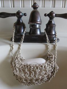 No pattern, inspiration only. vintage antique victorian , or beach style crochet soap and flannel over tap holder, make from rope not yarn granny chic , country style Crochet Kitchen, Crochet Home, Crochet Crafts, Yarn Crafts, Knit Crochet, Crochet Hammock, Beach Crochet, Yarn Projects, Knitting Projects