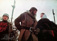 ...and you're still my lady... Still of Katharine Hepburn and Peter O'Toole in The Lion in Winter (1968)