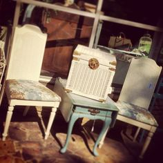 Set of Chairs $125 Wicker Basket/Trunk $35 Side table $119 Wicker Baskets, Dining Chairs, Living Room, Table, Furniture, Home Decor, Decoration Home, Room Decor, Sitting Rooms