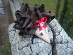 Heddie the Hedgehog Tutorial - Hip Girl Boutique Free Hair Bow Instructions--Learn how to make hairbows and hair clips, FREE!
