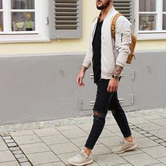 #bomberjacket and #yeezy sneakers by @massiii_22 [ http://ift.tt/1f8LY65 ]