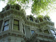 Heilbron_House_(Front_of_House),_Sacramento,_CA_-_DSC03858.JPG (3072×2304)