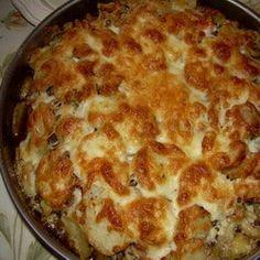 Falusi csirkerakottas Recept képpel - Mindmegette.hu - Receptek Lasagna, Food And Drink, Pizza, Yummy Food, Ethnic Recipes, Hungarian Recipes, Delicious Food, Lasagne, Good Food