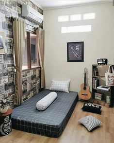 ✔ 47 fabulous small apartment bedroom design ideas 4 – Home Design Inspirations Room Ideas Bedroom, Small Room Bedroom, Home Decor Bedroom, Small Apartment Bedrooms, Small Apartments, Minimalist Room, Aesthetic Room Decor, Home Room Design, Decoration