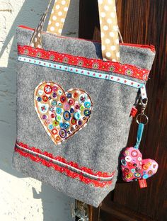 Colorful needle - Blog: RatzFatz Bag by Lieselotte Hoppenstedt