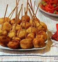 Chupachups de pollo a la villaroy. Receta de Navidad