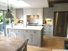 Island with sink, layout, drawer cups mounted on square… kitchen island Kitchen Diner Extension, Open Plan Kitchen Diner, Open Plan Kitchen Living Room, Kitchen Family Rooms, Home Decor Kitchen, Kitchen Interior, New Kitchen, Home Kitchens, Kitchen White