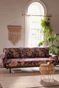 The floral print on this sofa is beautiful. I love the Mid-Century silhouette. This couch would be perfect in my living room. Cozy Living Rooms, Living Room Sofa, Living Room Furniture, Living Room Decor, Apartment Furniture, Studio Apartment, Living Spaces, Floral Couch, Printed Sofa