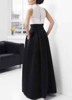 Elegant Black A-line V-Neck Taffeta Floor-length Evening Dress Maxi Skirt Outfits, Maxi Gowns, Look Fashion, Girl Fashion, Fashion Dresses, Jaquard Dress, Two Piece Gown, Evening Dresses, Formal Dresses