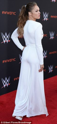 Ronda Rousey was a knockout in plunging white dress at WWE event Ronda Rousey Photoshoot, White Jumpsuit, White Dress, Ronda Rousey Hot, Rhonda Rousy, Rowdy Ronda, Wwe Superstars, Role Models, Celebs