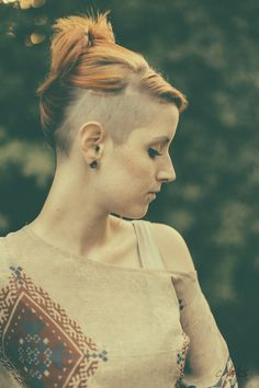 undercut and girl image