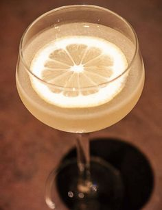 """Bees knees cocktail <3  yummy summer drink that I just discovered...yes, I'm always late to """"the party"""" : ))"""