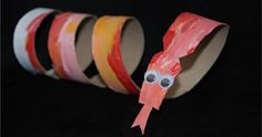 Chinese New Year Craft: Red Snake made with a toilet paper roll Kids Crafts, Recycled Crafts Kids, New Year's Crafts, Craft Projects For Kids, Arts And Crafts, Family Crafts, Art Projects, Craft Ideas, Chinese New Year Crafts For Kids