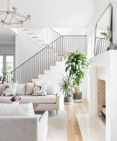 Nothing beats clean lines and fresh layered style 💚💚 Glam Living Room, Coastal Living Rooms, Living Room Interior, Living Room Decor, Living Spaces, Staircase In Living Room, Mid Century Modern Living Room, Transitional Living Rooms, Interior Exterior