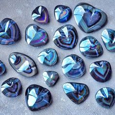 ∆ Rainbow Obsidian...A rainbow obsidian heart is a wonderful crystal to use to nurture and rejuvenate your heart after experiencing an emotional trauma, such as a broken heart or period of grief. Lay the rainbow obsidian heart over your heart, with the heart patterned side facing down, and bring yourself face to face with your emotions in order to heal.