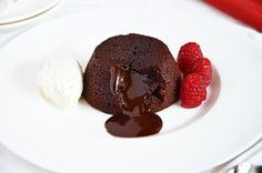 Tortino al cioccolato fondente dal cuore morbido | Le Ricette de La Cucina Imperfetta