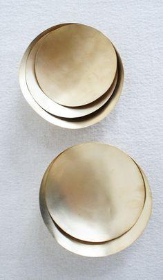Set of 5 Shallow Gold Wash Bowls | Spartan