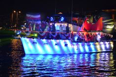 San Diego Bay Parade Of Lights Mesmerizing Check Out The Video #hepulsesd Just Wrapped Up For Adrenalina The Review