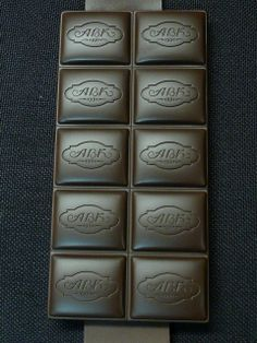AVK chocolate pieces