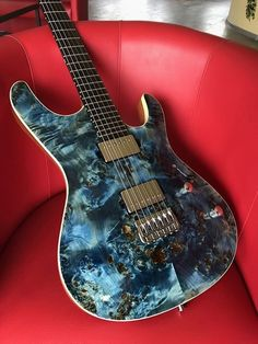 Une Mayones Setius absolument incroyable. Retrouvez des cours de guitare d'un nouveau genre sur MyMusicTeacher.fr