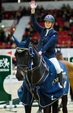 Super-Sanna! Congratulations to the International 140 Class victory with Wilhelmiina! Helsinki International Horse Show, Finland, October 2016