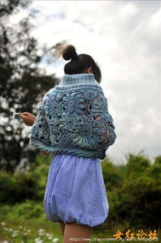 Outstanding Crochet: Shawls and scarfs