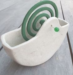 Good Photo Clay pottery coil Thoughts Garten Keramik Gef F R M Ckenspiralen , garten keramik gef f r m ckenspiralen , Cement Crafts, Clay Crafts, Farmhouse Shutters, Rustic Shutters, Diy Shutters, Ceramic Pottery, Ceramic Art, Pottery Designs, Diy Clay