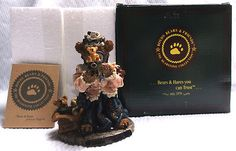 """BOYDS BEARS & FRIENDS BEARSTONE COLLECTIONS RESIN     """"THE COLLECTOR""""     Style #227707, Edition 5E/983     Original Box and with paper work    Measures: 4 1/4"""" tall x 3"""""""
