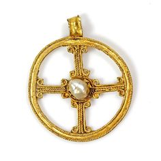 An Early Christian Gold & Pearl Cross Pendant, ca 3rd - 5th century AD