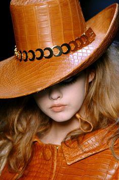 John Galliano for Christian Dior Fall 2008 Crocodile, Fancy Hats, Big Hats, Stylish Hats, Terracota, Love Hat, Fascinator Hats, Thing 1, John Galliano