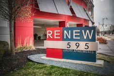 At ReNew Five Ninety-Five, every comfort and convenience is waiting for you. #ReNew595 #Apartments #Chicago #IL #IAmRenewed