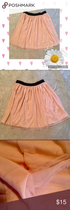 💕preloved💕forever 21 Tull blush midi skirt plus Beautiful forever 21 1x elastic waist preloved  excellent preowned condition ❤️no holes, rips, stains size 1x ❤️makes me offers ❤️bundle discount ❤️same day shipping ❤️happy purchase 🎉🙌 Forever 21 Skirts Midi
