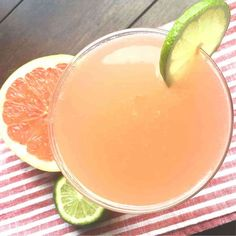 This refreshing Pink Grapefruit Vodka Martini might not please James Bond but it should be a hit at your next gathering. Try the alcohol-free virgin version for children or non-imbibing adults. Grapefruit Vodka Cocktails, Grapefruit Recipes, Grapefruit Cocktail, Vodka Martini, Refreshing Cocktails, Pink Grapefruit, Martinis, Martini Recipes, Cocktail Recipes