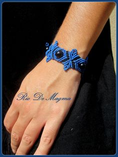 Cobalt Blue Macrame Bracelet with Black Onix. by RioDeMagma
