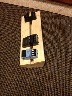 Another shot of the pedalboard I am making Bass Pedals, Guitar Pedals, Pedalboard Ideas, Guitar Pedal Board, Guitar Storage, Guitar Diy, Guitar Building, Woodworking Wood, Flute