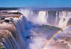The WORLD's NEW 7 WANDERS of NATURE, Iguazu Falls.(On the border of Brazilian state Parana and Argentine province Misiones.